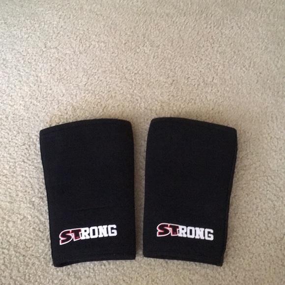 6b5875c50e Mark Bell Slingshot Other | Strong Knee Sleeves Size Small | Poshmark